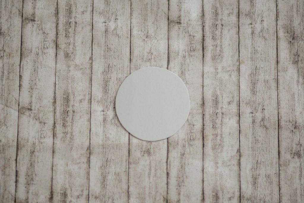 Obrázok, na ktorom je stena, drevené, budova, drevo  Automaticky generovaný popis